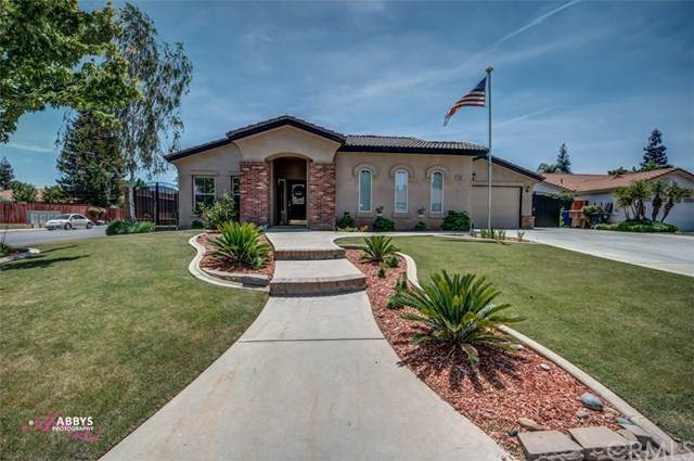 10003 Manhattan Drive, Bakersfield, CA 93312 (#PI21090987) :: Wannebo Real Estate Group
