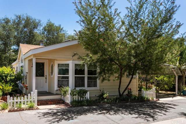 4747 Oak Crest #74, Fallbrook, CA 92028 (#NDP2104947) :: Solis Team Real Estate