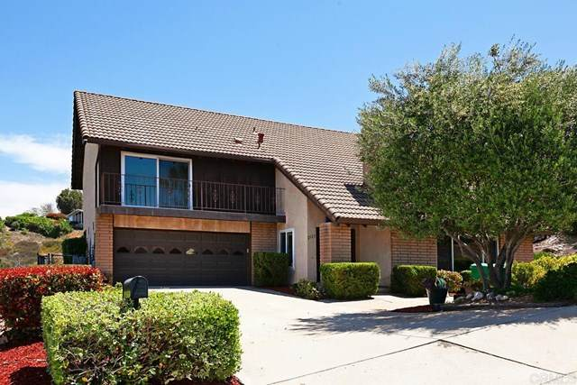 2122 Flying Hills Lane, El Cajon, CA 92020 (#NDP2104976) :: The Legacy Real Estate Team