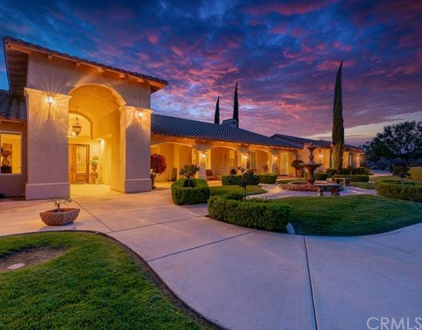 25525 Carancho Road, Temecula, CA 92590 (#SW21097398) :: Wannebo Real Estate Group