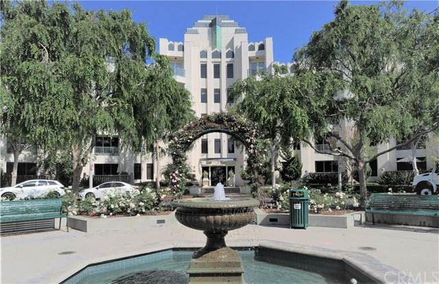 5625 Crescent #105, Playa Vista, CA 90094 (#OC21097808) :: The Mac Group