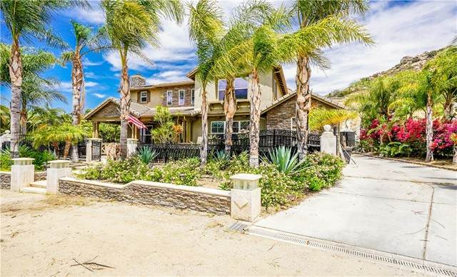1475 Andalusian Drive, Norco, CA 92860 (#PW21098165) :: The Stein Group