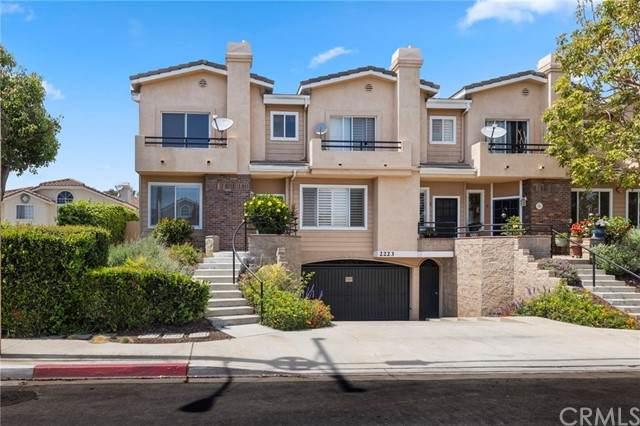 2223 Pacific Avenue F, Costa Mesa, CA 92627 (#OC21058852) :: The Legacy Real Estate Team
