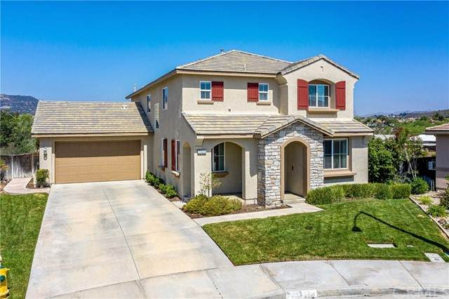 23621 William Place, Murrieta, CA 92562 (#IG21098904) :: SD Luxe Group