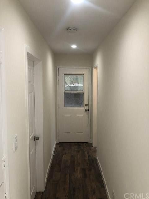 923 E 118 Street, Los Angeles, CA 90059 (#SB21104572) :: The Mac Group