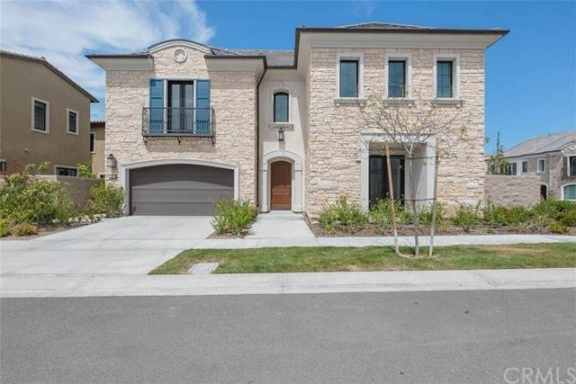 60 Redshift, Irvine, CA 92618 (#OC21104069) :: SunLux Real Estate
