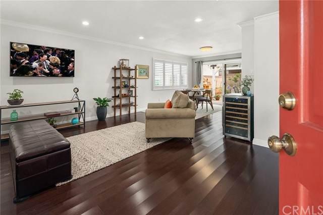1436 Baypoint Avenue, Wilmington, CA 90744 (#SB21098274) :: Keller Williams - Triolo Realty Group