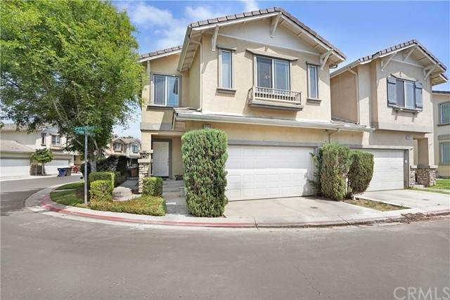 11575 River Heights Drive, Riverside, CA 92505 (#PW21107650) :: The Stein Group