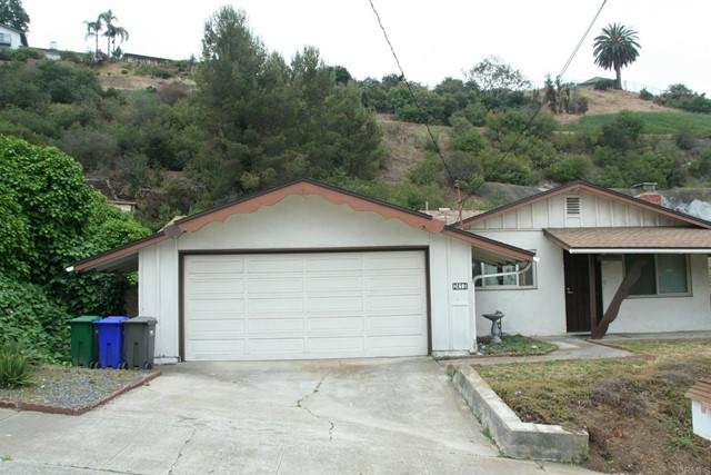 2413 Sarbonne Drive, Oceanside, CA 92054 (#NDP2105629) :: The Stein Group