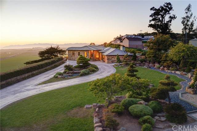 2870 S Halcyon Road, Arroyo Grande, CA 93420 (#PI21107235) :: The Stein Group