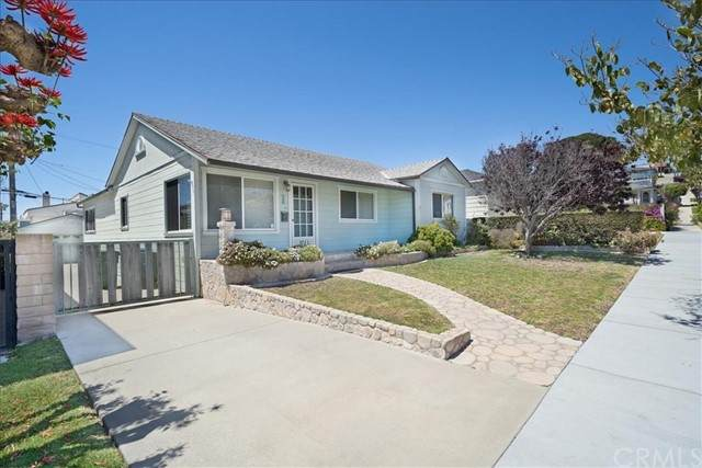 3711 S Parker Street, San Pedro, CA 90731 (#PW21114010) :: The Stein Group