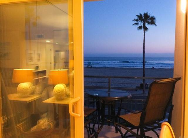 1202 N Pacific 301A, Oceanside, CA 92054 (#NDP2105978) :: Team Forss Realty Group