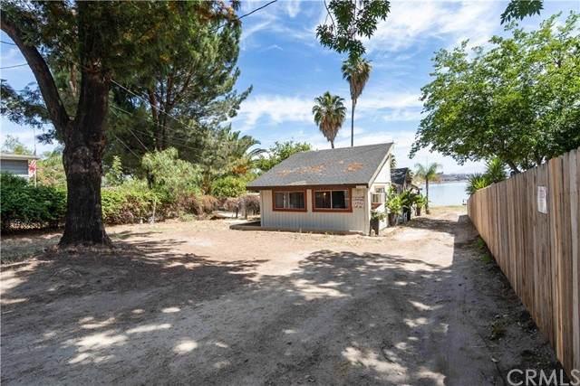 16086 Grand Avenue, Lake Elsinore, CA 92530 (#SW21117995) :: PURE Real Estate Group