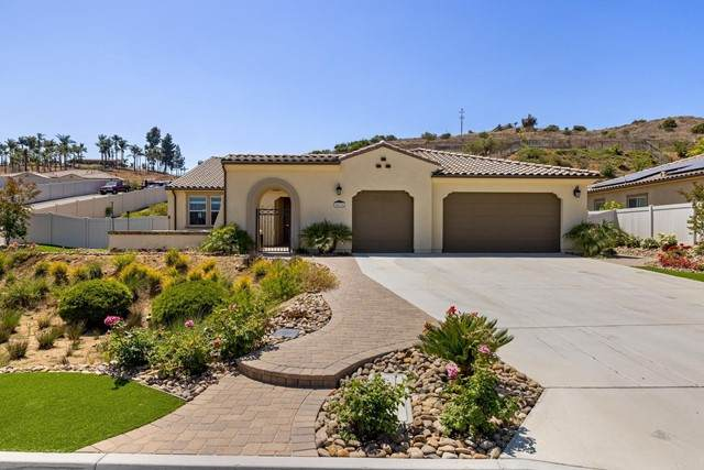 5675 Rancho Del Caballo, Bonsall, CA 92003 (#NDP2106488) :: The Marelly Group   Sentry Residential