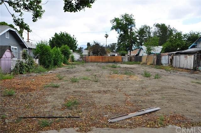564 Magnolia, San Bernardino, CA 92405 (#IV21123366) :: Compass