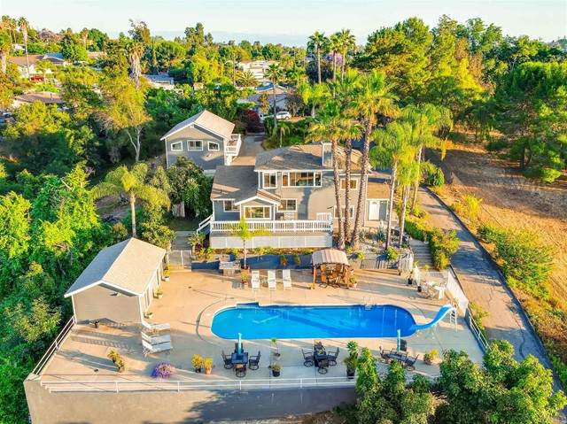 1047 N Orange Avenue, Fallbrook, CA 92028 (#PTP2103997) :: The Marelly Group | Sentry Residential
