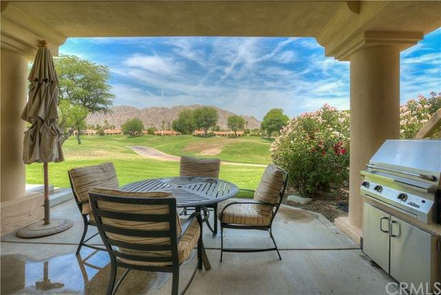 54873 Southern Hills, La Quinta, CA 92253 (#PW21124069) :: Compass