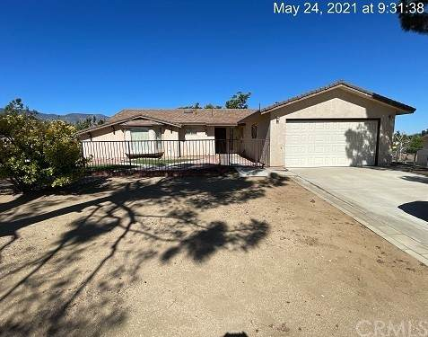 9384 Riggins Road, Phelan, CA 92371 (#IV21124637) :: SD Luxe Group