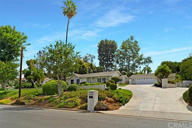 7984 Golden Star Avenue, Riverside, CA 92506 (#IG21124366) :: Keller Williams - Triolo Realty Group