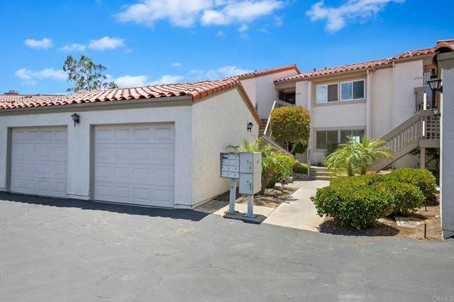 6701 Paseo Del Norte D, Carlsbad, CA 92011 (#NDP2106663) :: Team Forss Realty Group