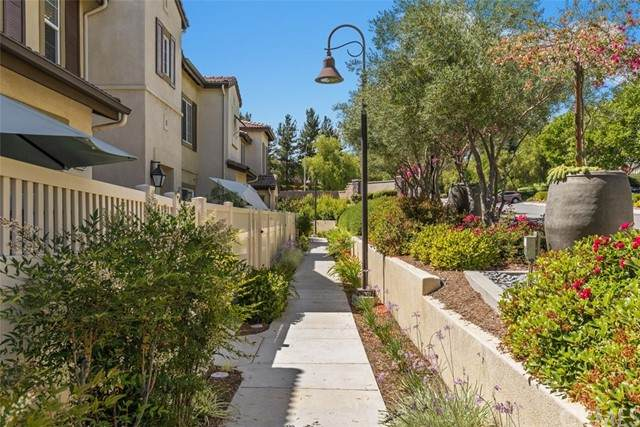 44024 Rivo Court, Temecula, CA 92592 (#SW21125984) :: PURE Real Estate Group