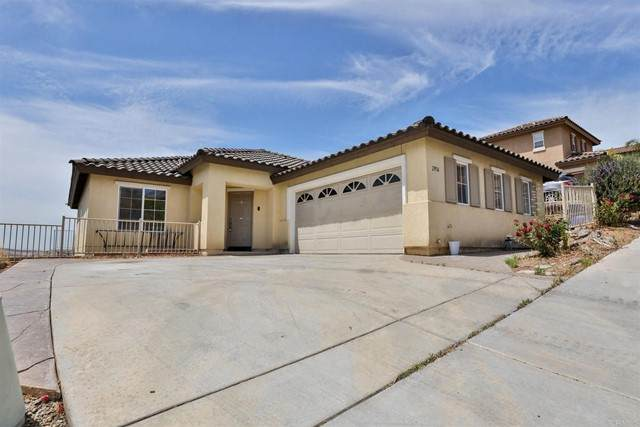 2956 Lake Breeze Court, Spring Valley, CA 91977 (#PTP2104086) :: The Marelly Group | Sentry Residential