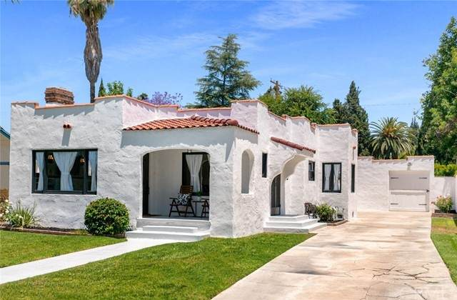 3869 Rosewood Place, Riverside, CA 92506 (#IG21126886) :: The Stein Group