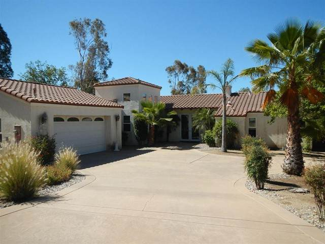 24233 Rutherford Road, Ramona, CA 92065 (#NDP2106783) :: The Stein Group