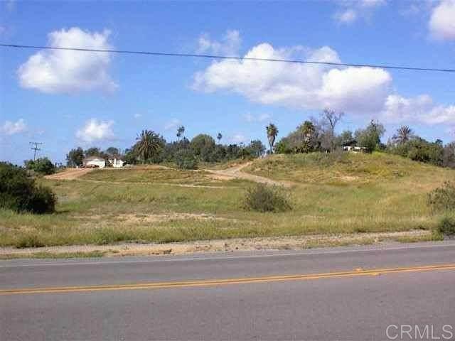 1800 Monte Vista Dr., Vista, CA 92084 (#NDP2106832) :: PURE Real Estate Group