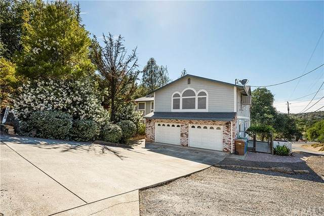 17319 Meadow View Drive, Hidden Valley Lake, CA 95467 (#LC21128167) :: Solis Team Real Estate