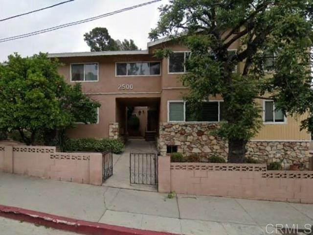 2500 N Beachwood Dr, Los Angeles, CA 90068 (#NDP2106910) :: SunLux Real Estate
