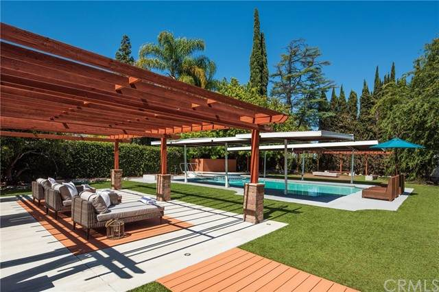 3675 Locksley Drive, Pasadena, CA 91107 (#AR21130742) :: Solis Team Real Estate