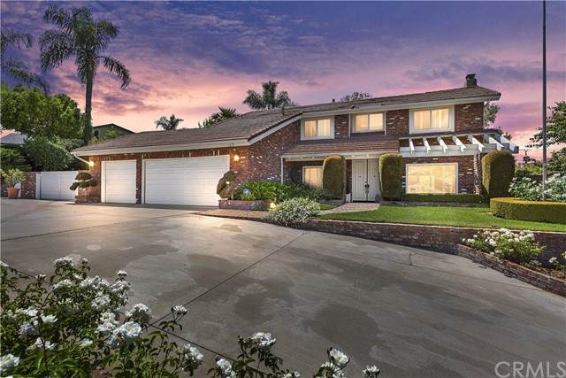 1475 Trenton Drive, Riverside, CA 92506 (#IV21129000) :: SunLux Real Estate