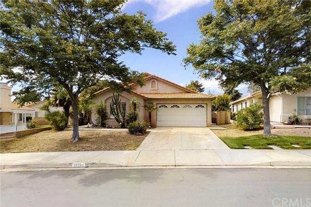 10490 Bel Air Drive, Cherry Valley, CA 92223 (#PW21131236) :: Compass