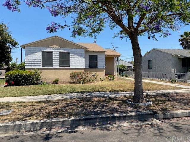 1101 E 115th Street, Los Angeles, CA 90059 (#OC21133036) :: SunLux Real Estate