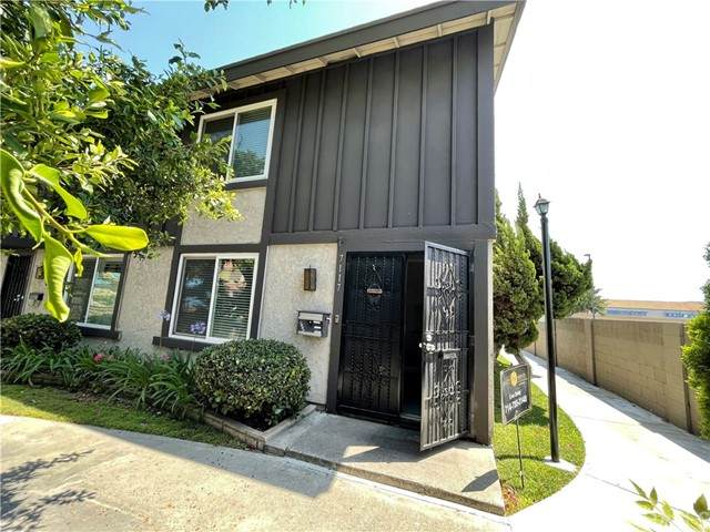 7117 Marshall Way, Stanton, CA 90680 (#OC21133841) :: SunLux Real Estate