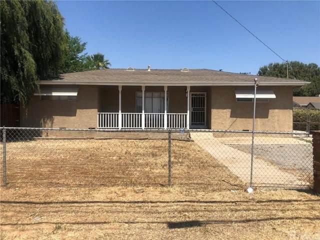 13615 5th Street, Yucaipa, CA 92399 (#EV21133842) :: SunLux Real Estate