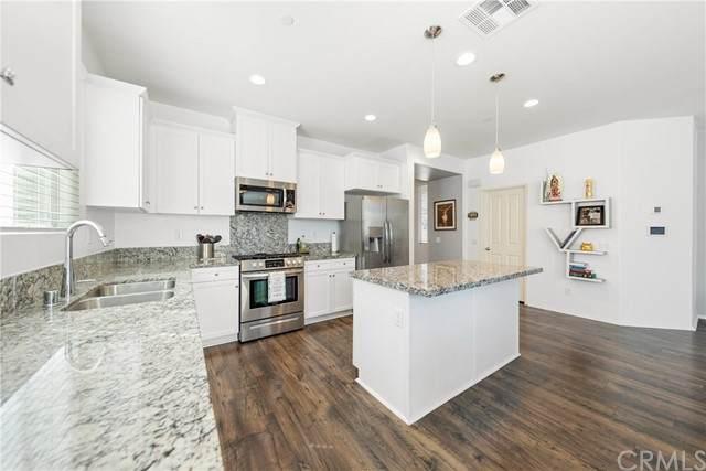 24221 Hazelnut Avenue, Murrieta, CA 92562 (#SW21134593) :: Solis Team Real Estate