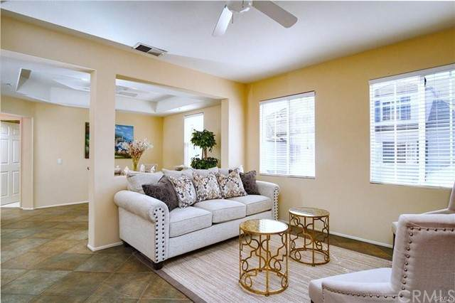 33 Leucadia #84, Irvine, CA 92602 (#OC21132249) :: Solis Team Real Estate