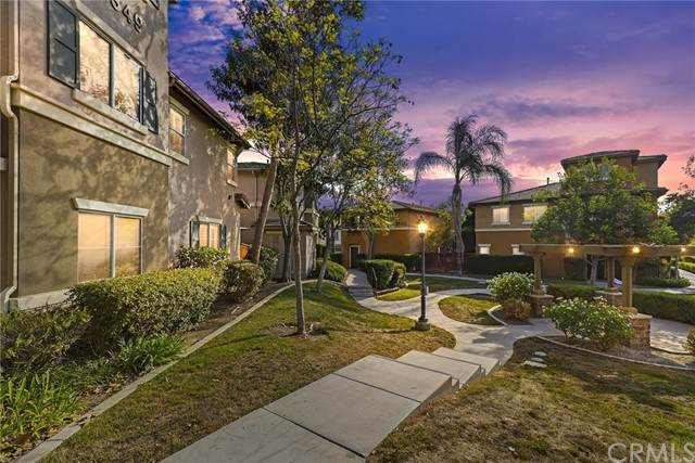 26349 Arboretum Way #904, Murrieta, CA 92563 (#SW21135463) :: PURE Real Estate Group
