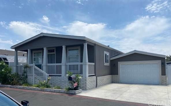 3050 W Ball #207, Anaheim, CA 92804 (#OC21137035) :: Solis Team Real Estate