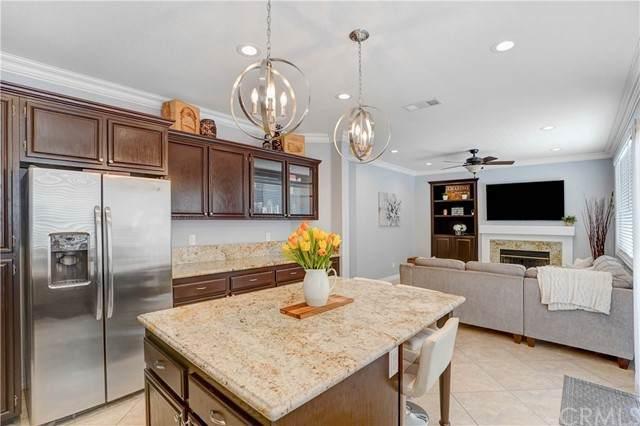 22693 Canyon View Drive, Corona, CA 92883 (#PW21139136) :: Solis Team Real Estate