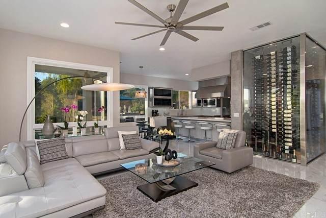 520 Latigo Row, Encinitas, CA 92024 (#NDP2107435) :: Solis Team Real Estate