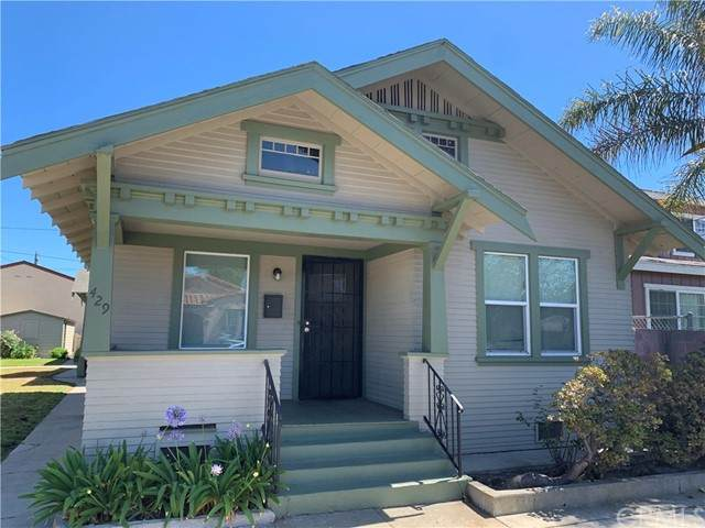 423 W 11th Street, San Pedro, CA 90731 (#SB21141751) :: Dannecker & Associates