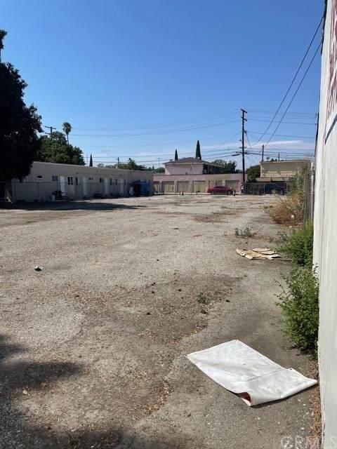5953 Florence, Bell Gardens, CA 90201 (#DW21150372) :: Compass