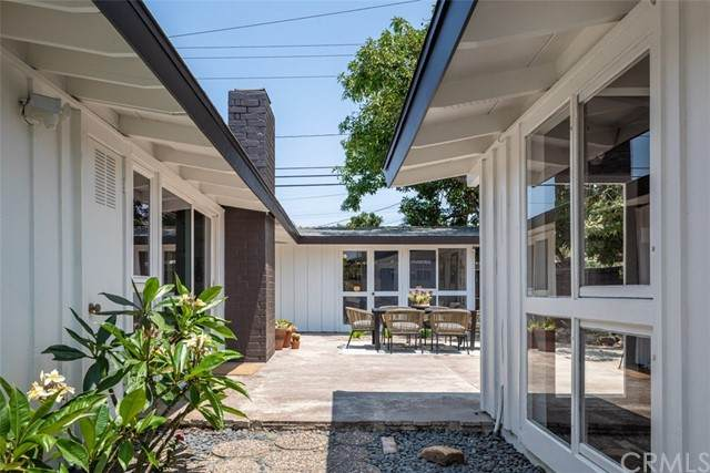 3020 Stevely Avenue, Long Beach, CA 90808 (#PW21150898) :: Dannecker & Associates