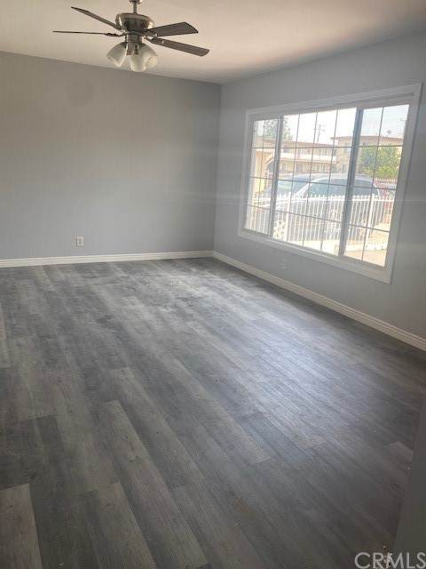 827 W 137th Street, Compton, CA 90222 (#DW21154452) :: SD Luxe Group