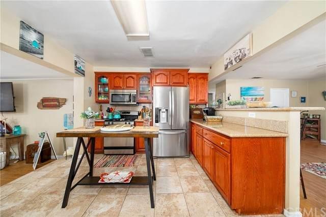 1331 Lomita Road, San Bernardino, CA 92405 (#IV21155677) :: Dannecker & Associates