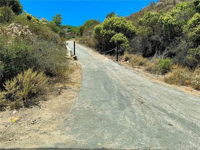 2 Paseo Chaparro, Murrieta, CA 92562 (#SW21147901) :: Compass