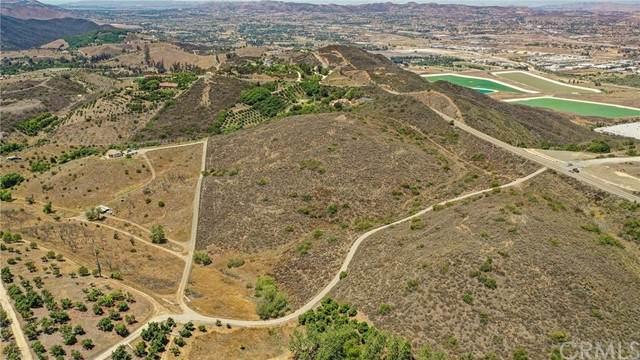 888 Via Vueltas, Temecula, CA 92590 (#SW21154692) :: Dannecker & Associates